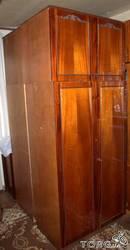 Продам б/у гарнитур мебели для спальни