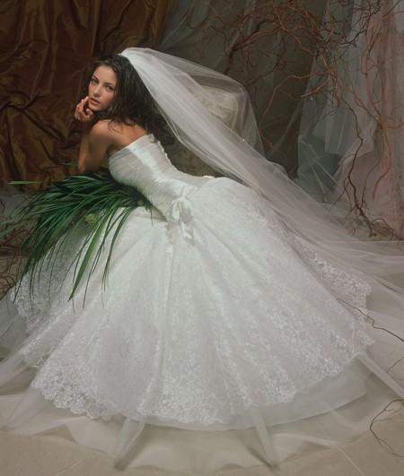 Продам: Продам свадебное платье PAPILIO Горный хрусталь - Купить
