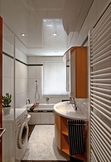 Натяжные потолки ванная фото.