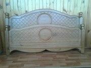 Двухпальная кровать